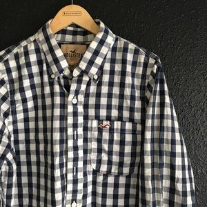 Hollister Men's Button-Up casual button-down